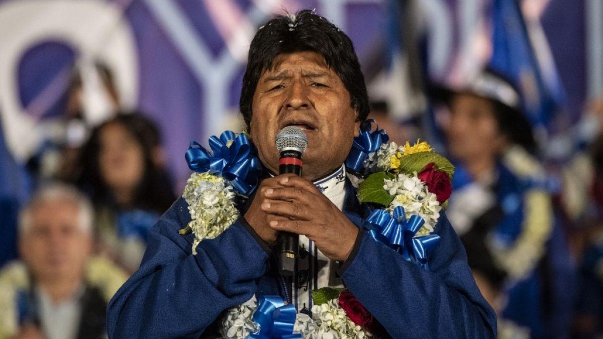 Felicita presidente de Cuba a su homólogo boliviano por su reelección