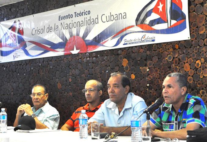 Debaten sobre trascendencia de los padres fundadores cubanos