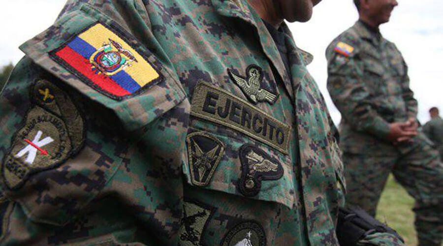 Fuerzas Armadas amplía toque de queda en Ecuador a 24 horas