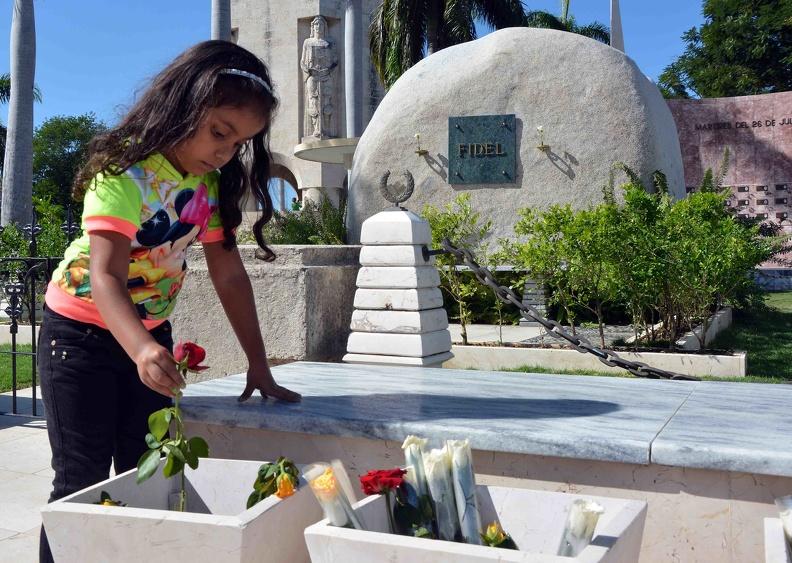 En Santiago de Cuba rinden tributo a Fidel Castro
