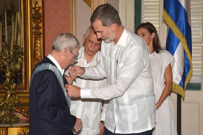 Recibe Eusebio Leal Gran Cruz de la Orden Española de Carlos III (+fotos)