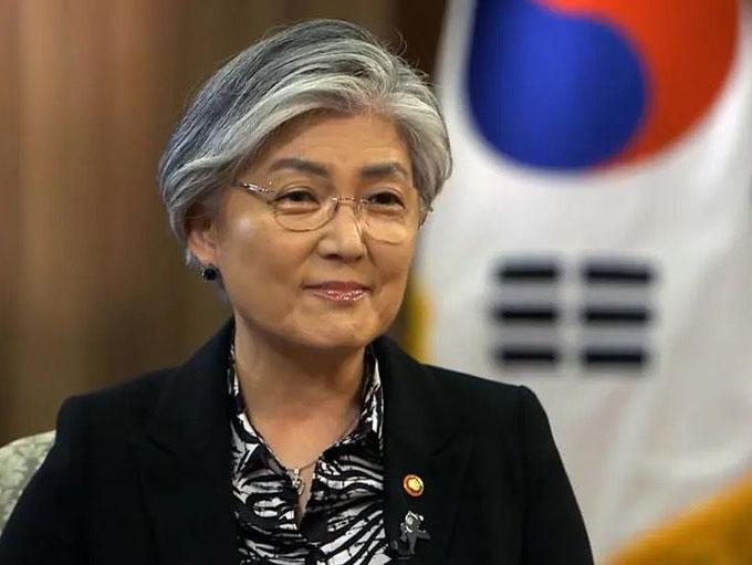 Canciller surcoreana irá a EE.UU. para dialogar sobre pacto militar