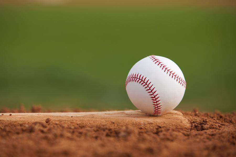 El Colina sigue en la molienda beisbolera