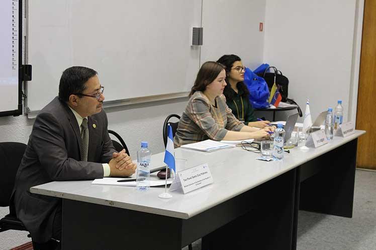 Foro juvenil en Rusia propone crear comité de DD.HH. de la Celac