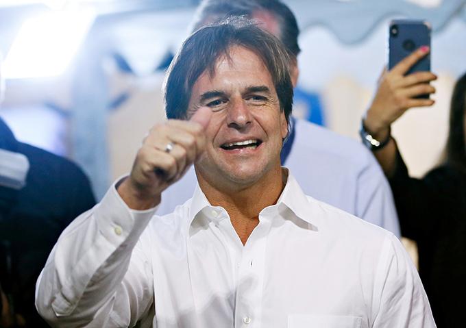 Daniel Martínez reconoce a Lacalle Pou como presidente electo de Uruguay
