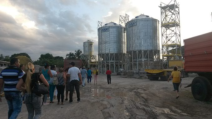 Avanza montaje de la planta de beneficio de granos en Granma