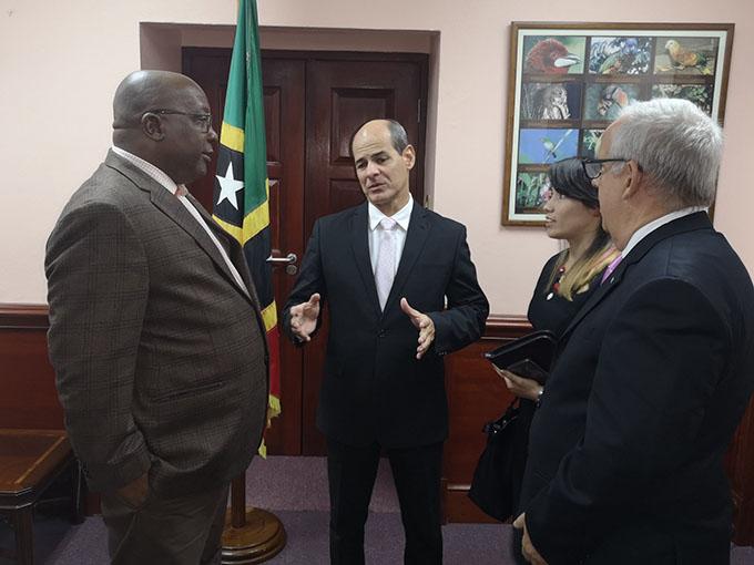 Cuba profundiza nexos con San Cristóbal y Nieves