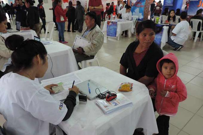 Golpe de Estado en Bolivia interrumpe beneficios de salud