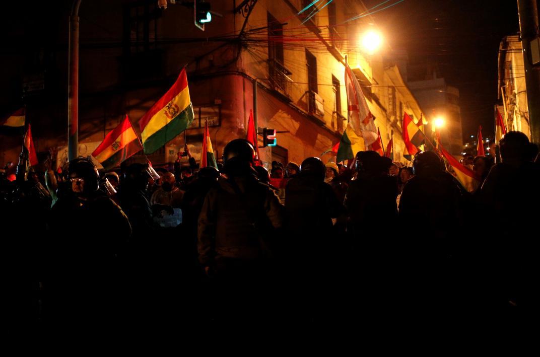 Bolivia en ebullición en respuesta a golpe militar de derecha (+ videos)