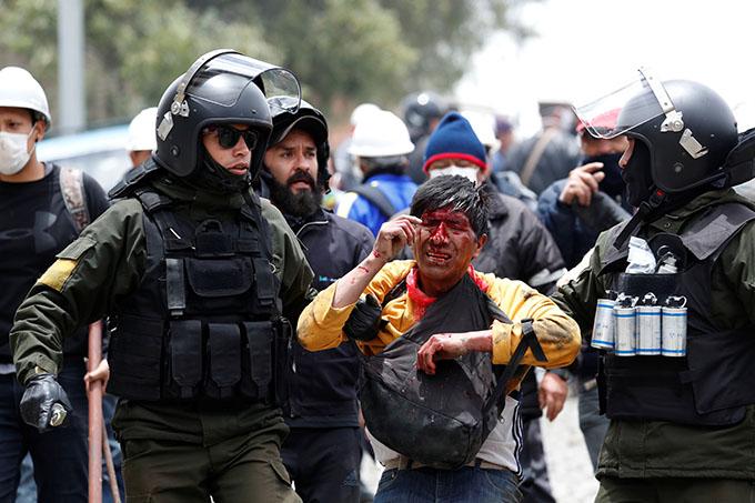 Al menos 12 muertos tras golpe de Estado en Bolivia (+ video)