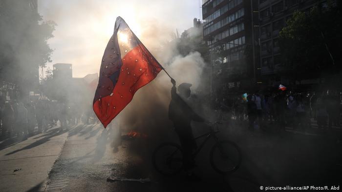 Reportan en Chile más de cinco mil detenidos y casi dos mil heridos