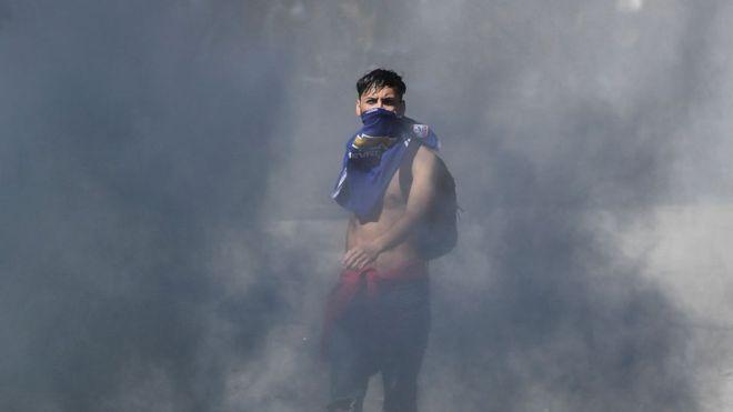 Presentan querellas contra Piñera por crímenes de lesa humanidad