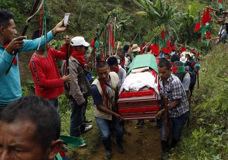 Semana violenta en Colombia: asesinatos de indígenas y exguerrillero