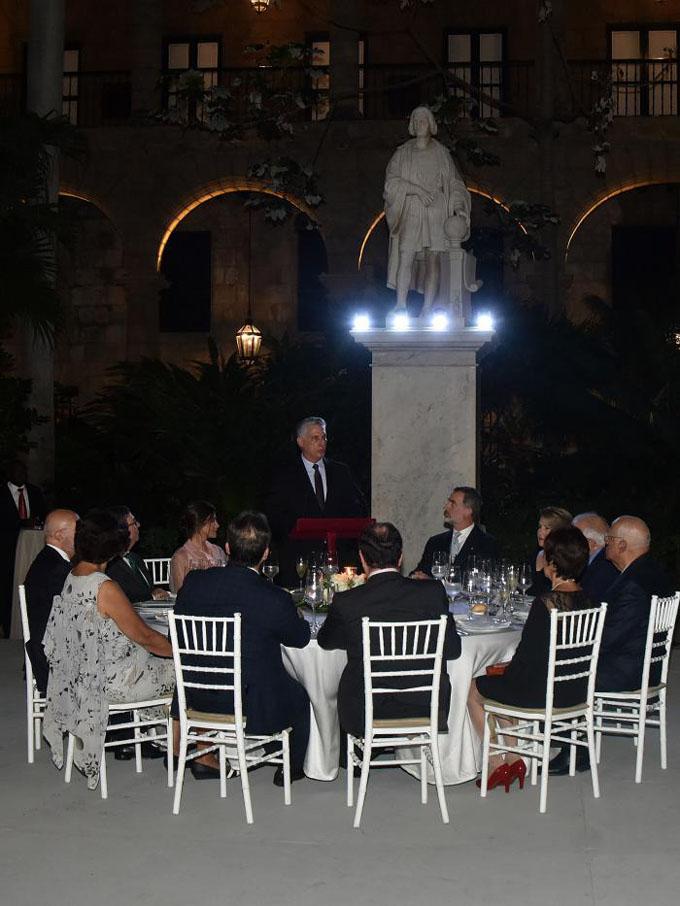 Díaz-Canel: «Nos guían principios claros de independencia y soberanía»
