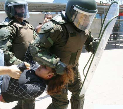 Denuncian proceder de fuerzas policiales en Chile en manifestaciones