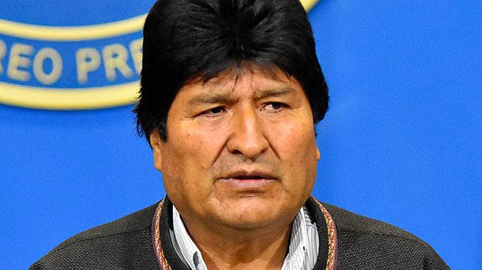 Evo Morales denuncia que oposición golpista intenta culparlo de la violencia en Bolivia