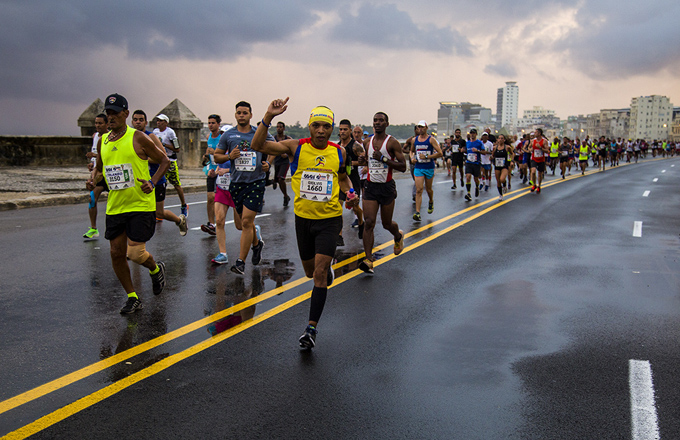 Arrasaron maratonistas granmenses en La Habana