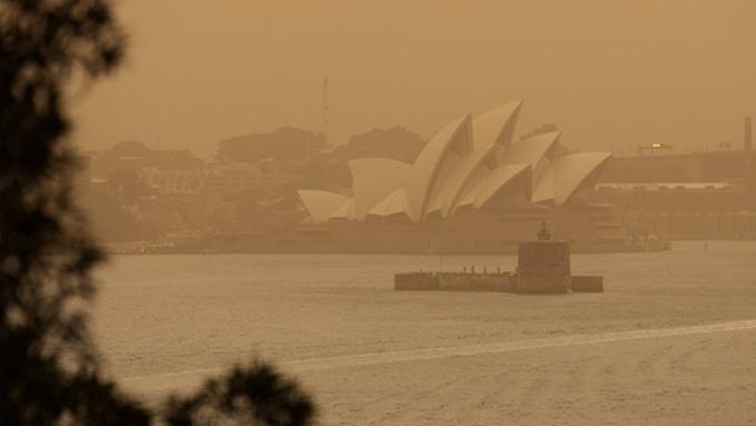 Incendios forestales provocan densa neblina en Australia (+fotos y video)