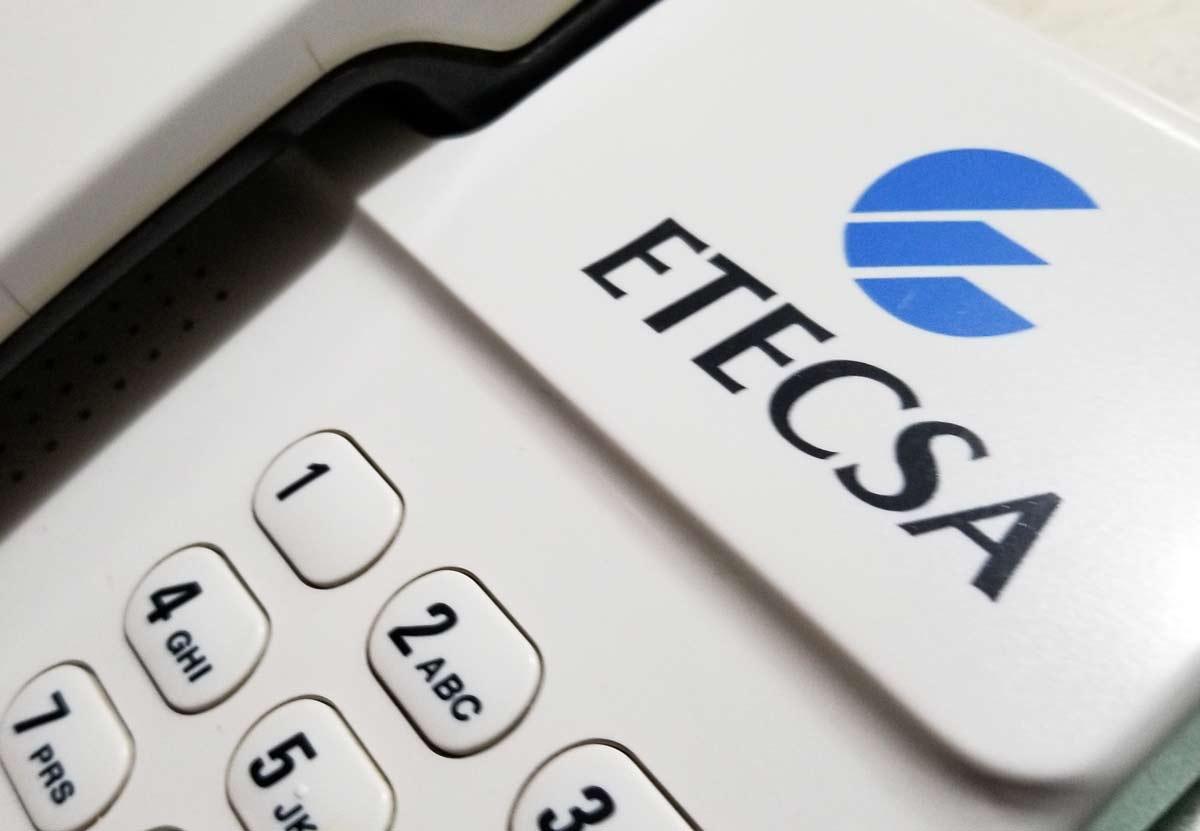 Instala Etecsa un millar de nuevos servicios de telefonía básica en Jiguaní