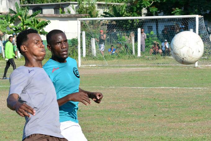 Incansables ceden la cima oriental en Liga cubana de fútbol