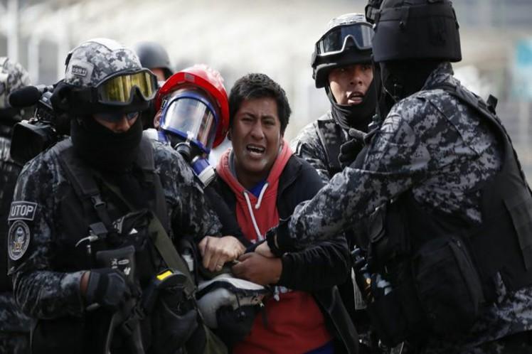 Persecución y golpizas contra miembros del MAS en Bolivia (+video)