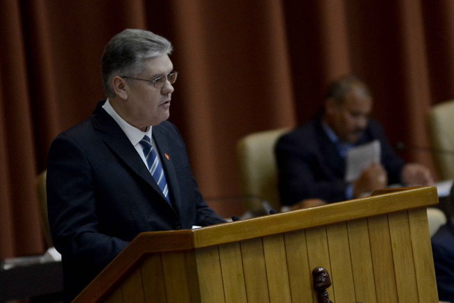 Ahorro y exportaciones, prioridades de la economía cubana en 2020