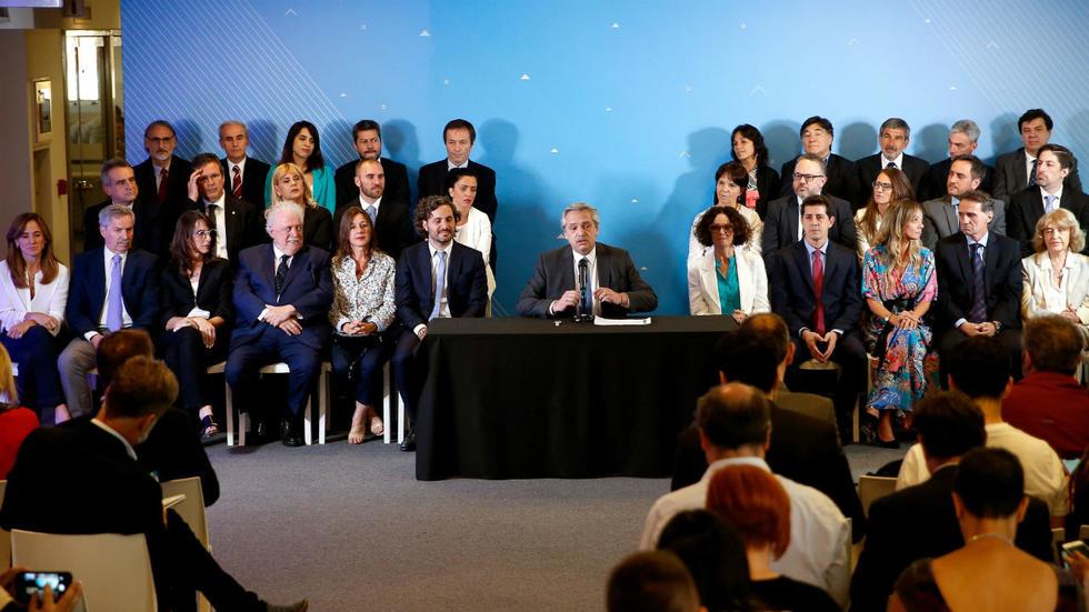 Con Gabinete listo, Alberto Fernández anunciará novedades salariales