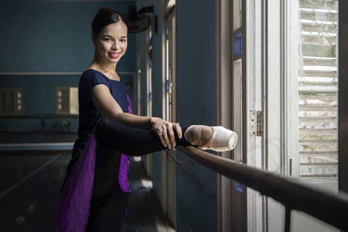 Viengsay Valdés apoya en Cuba estrecha relación entre cine y ballet