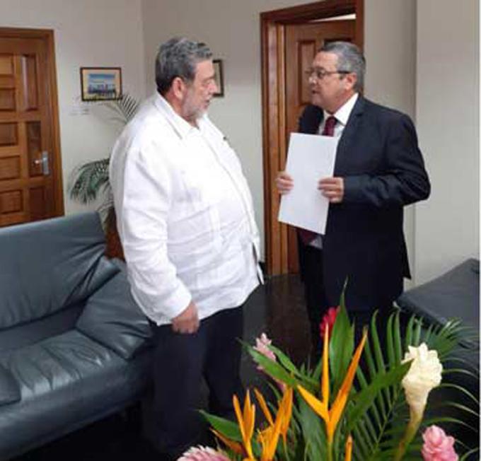 Cuba y San Vicente y las Granadinas refuerzan relaciones (+fotos)