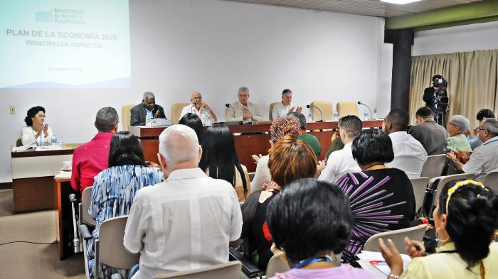 Díaz-Canel en el Parlamento: Cuba seguirá siendo digna