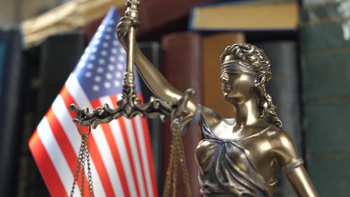 Comité aprueba los dos artículos de juicio político contra Trump