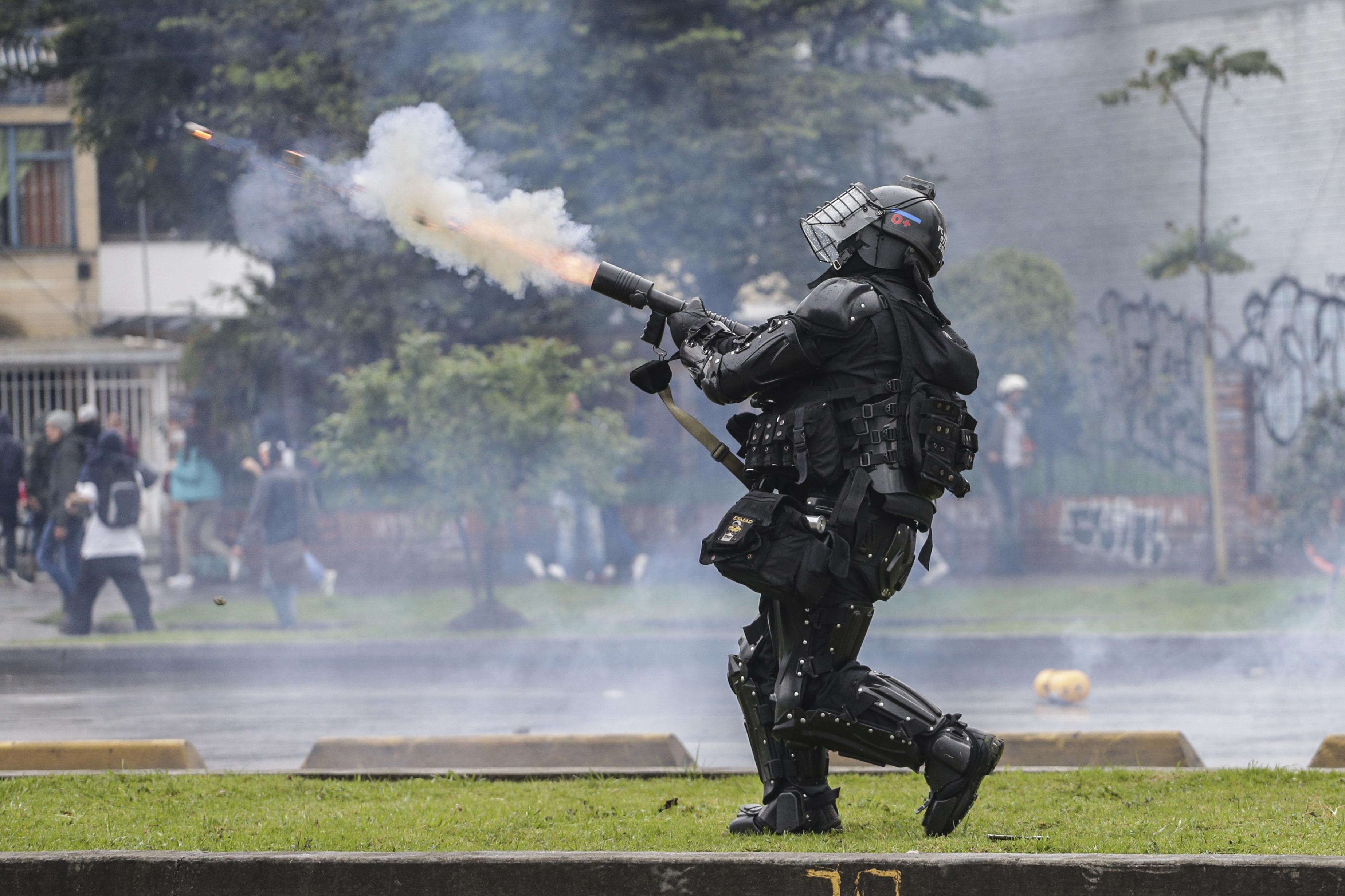 Investigan abusos de la Fuerza Pública durante protestas en Colombia