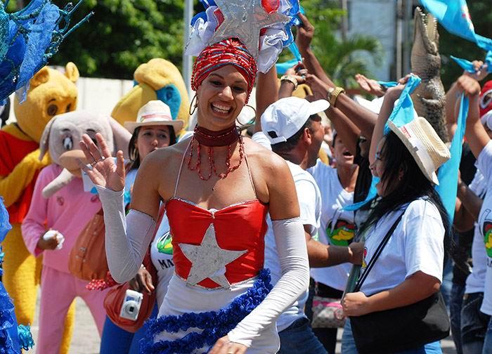 Insta Díaz-Canel a celebrar como si triunfara de nuevo la Revolución