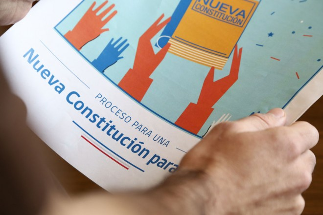 Amplia mayoría de chilenos por nueva Constitución