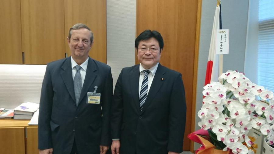 Corrobora amistad con Cuba vicejefe del gabinete japonés
