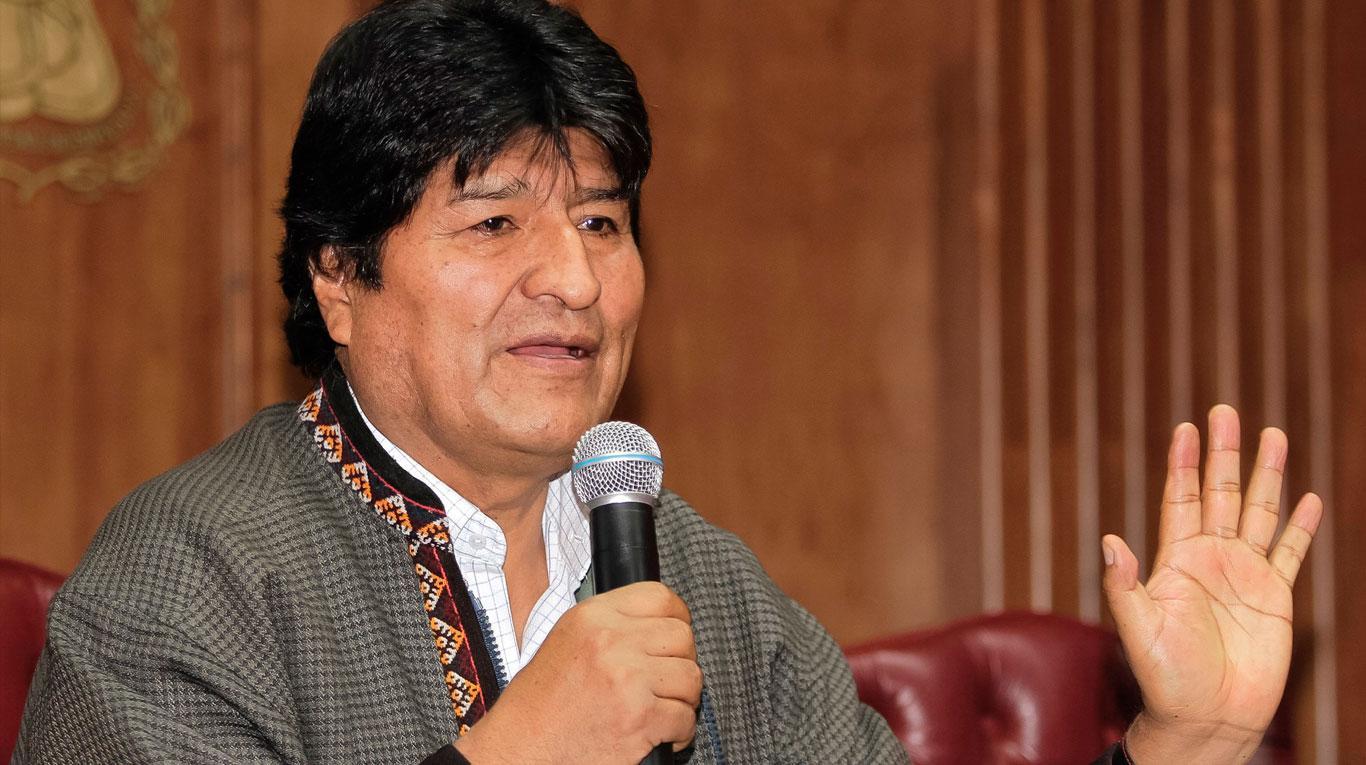 Un mes de golpismo en Bolivia, Evo asegura que la lucha continúa