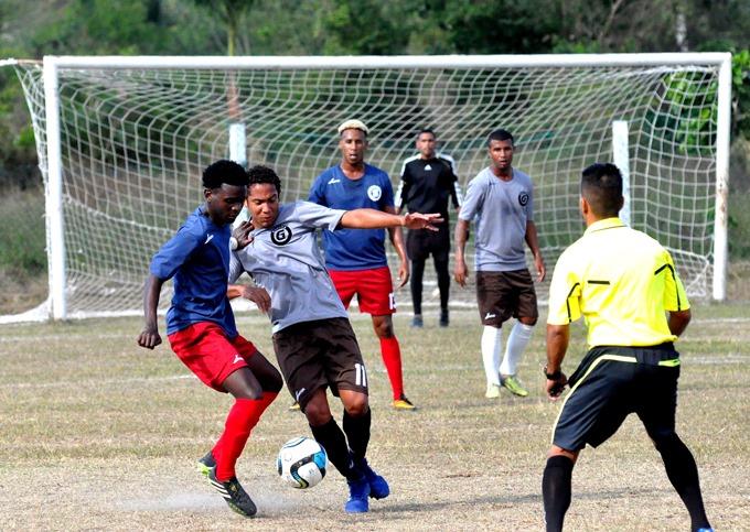 105 Liga cubana de fútbol: la tarea se completa en Holguín