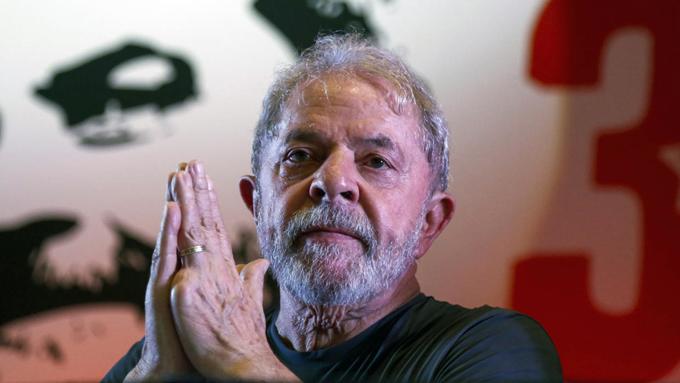 Restablecer la democracia en Brasil, prioridad de Lula y el PT