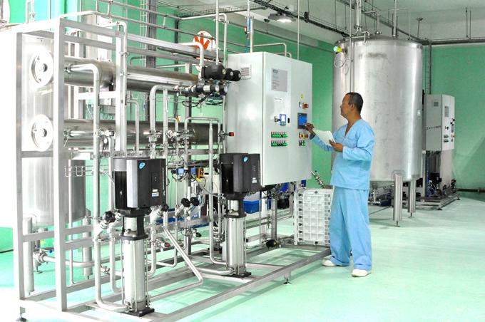 Inauguran tres objetos de obra en Laboratorio Medilip de Granma