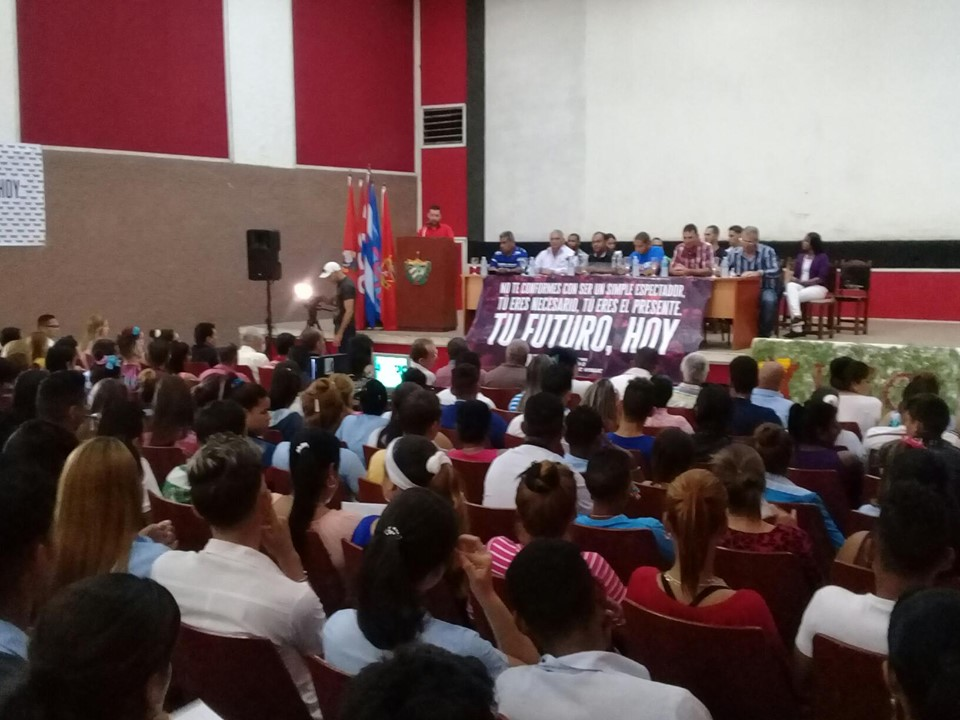 Realizan en Niquero Asamblea Onceno Congreso de la UJC