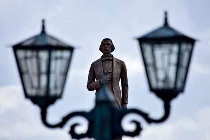 Díaz-Canel: Preservar la memoria histórica es un asunto de todos