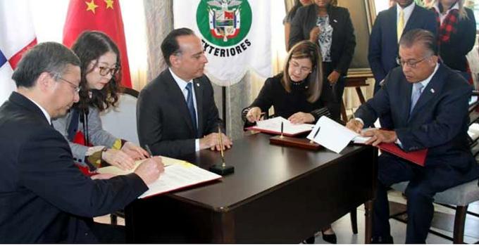 Firman China y Panamá protocolos sanitarios para la exportación