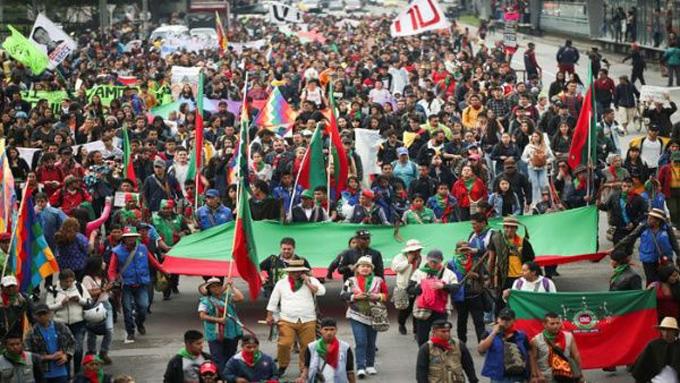 Más indígenas en la capital de Colombia para el paro nacional