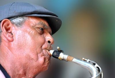 Agasajan a personalidades de la música en Manzanillo