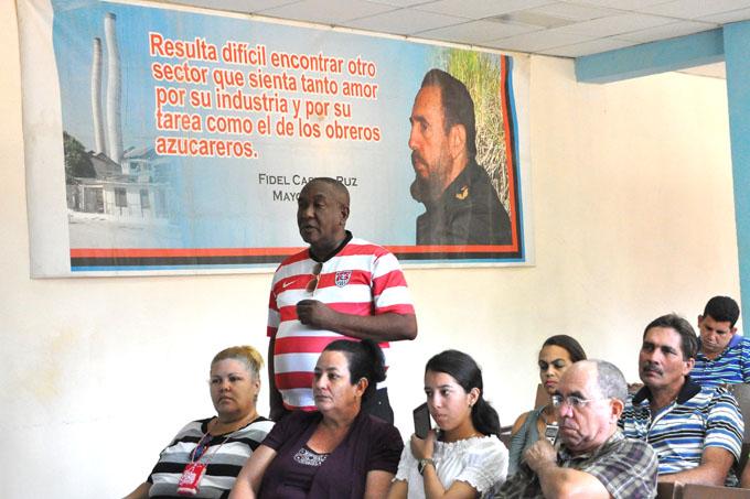 Evalúan labor de Técnicos Azucareros en Granma