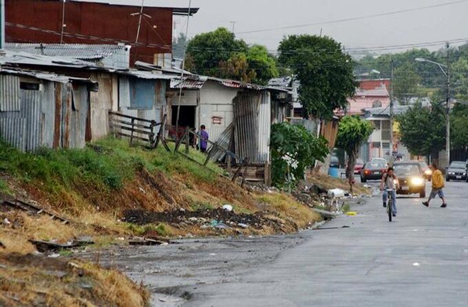 Proyecto antihuelgas y combate a la pobreza destacan en Costa Rica