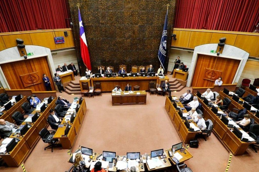 Controvertida legislación divide a oposición en Senado de Chile
