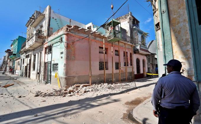 Lamenta Díaz- Canel muerte de tres niñas por derrumbe