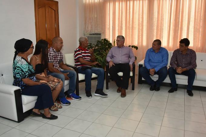 Transmitió Díaz-Canel el afecto de Cuba a familiares de médico secuestrado en Kenya