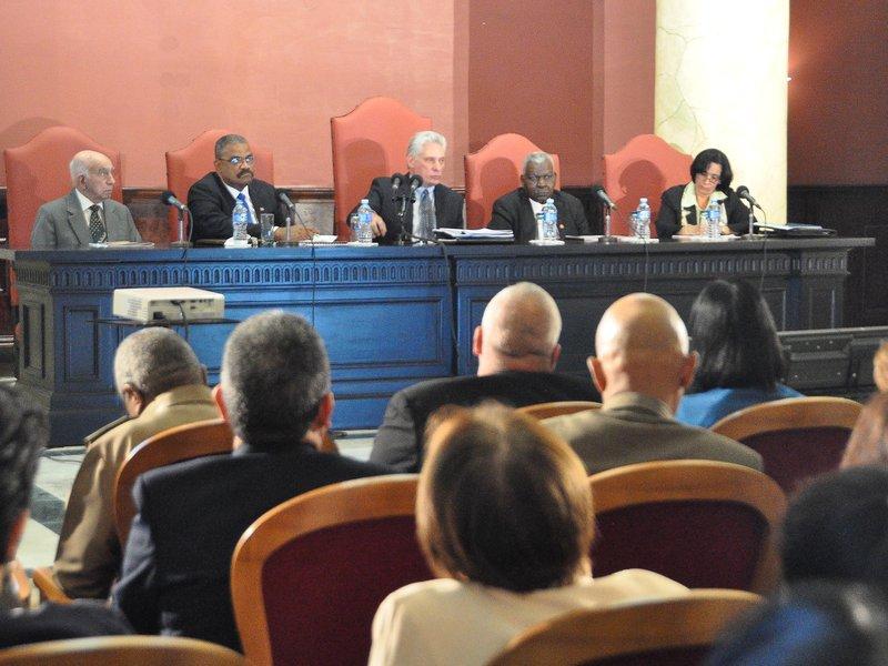 Díaz-Canel: «Que el Sistema judicial se caracterice por su ética, compromiso y honestidad»